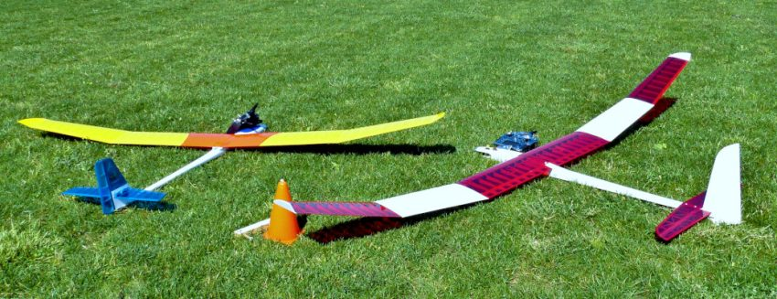 Model Planes Grass Turf Green Install